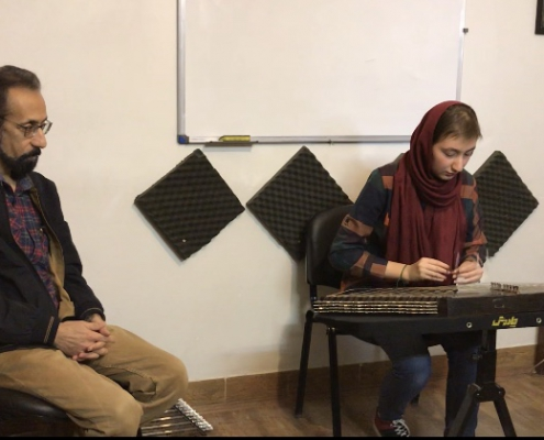 اجرای هنرجویی سنتورنوازان موسیقی چاووش شیراز